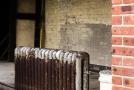 Cast iron heating radiator